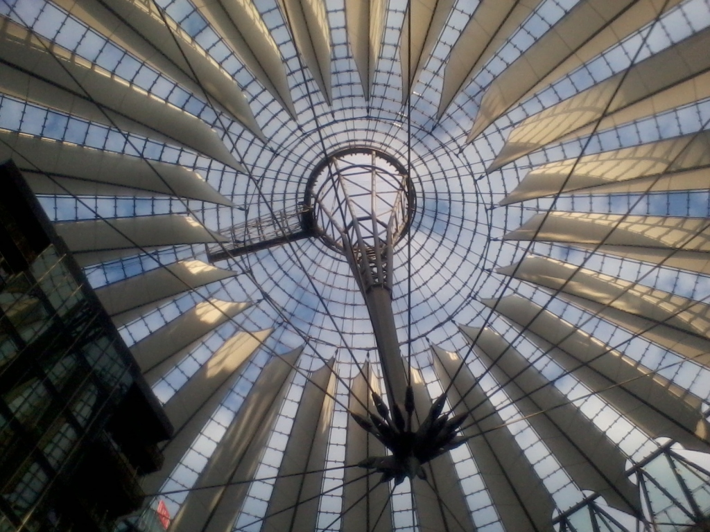 Cobertura do Sony Center, na Potsdamer Platz