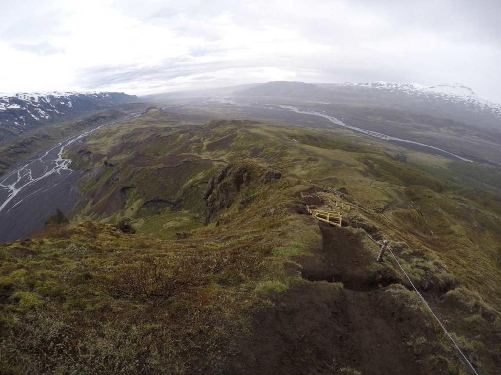 Trilhas em thosmork - islândia - camping
