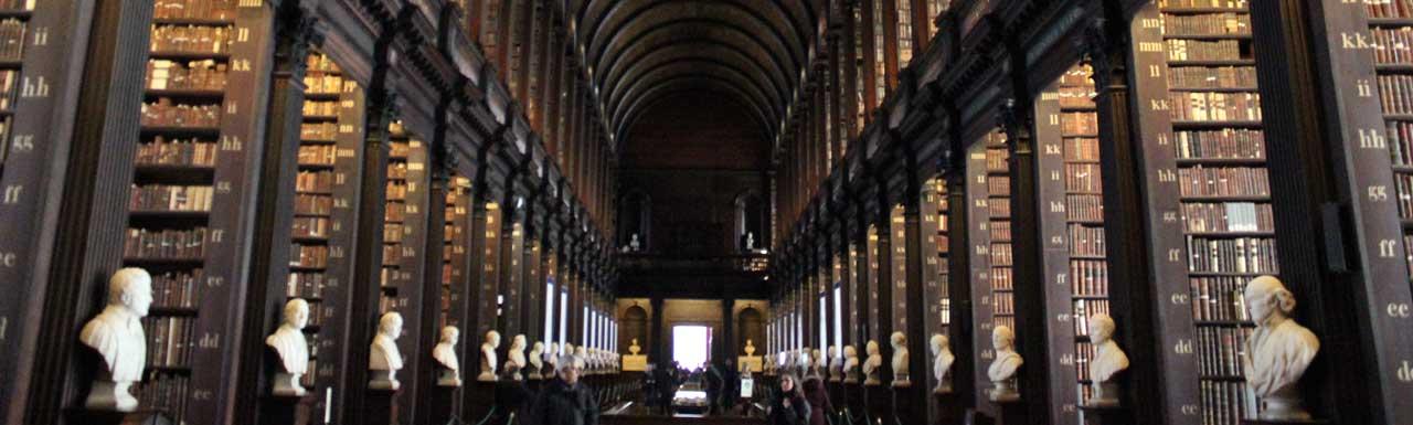 Trinity College - A Biblioteca Book of Kells