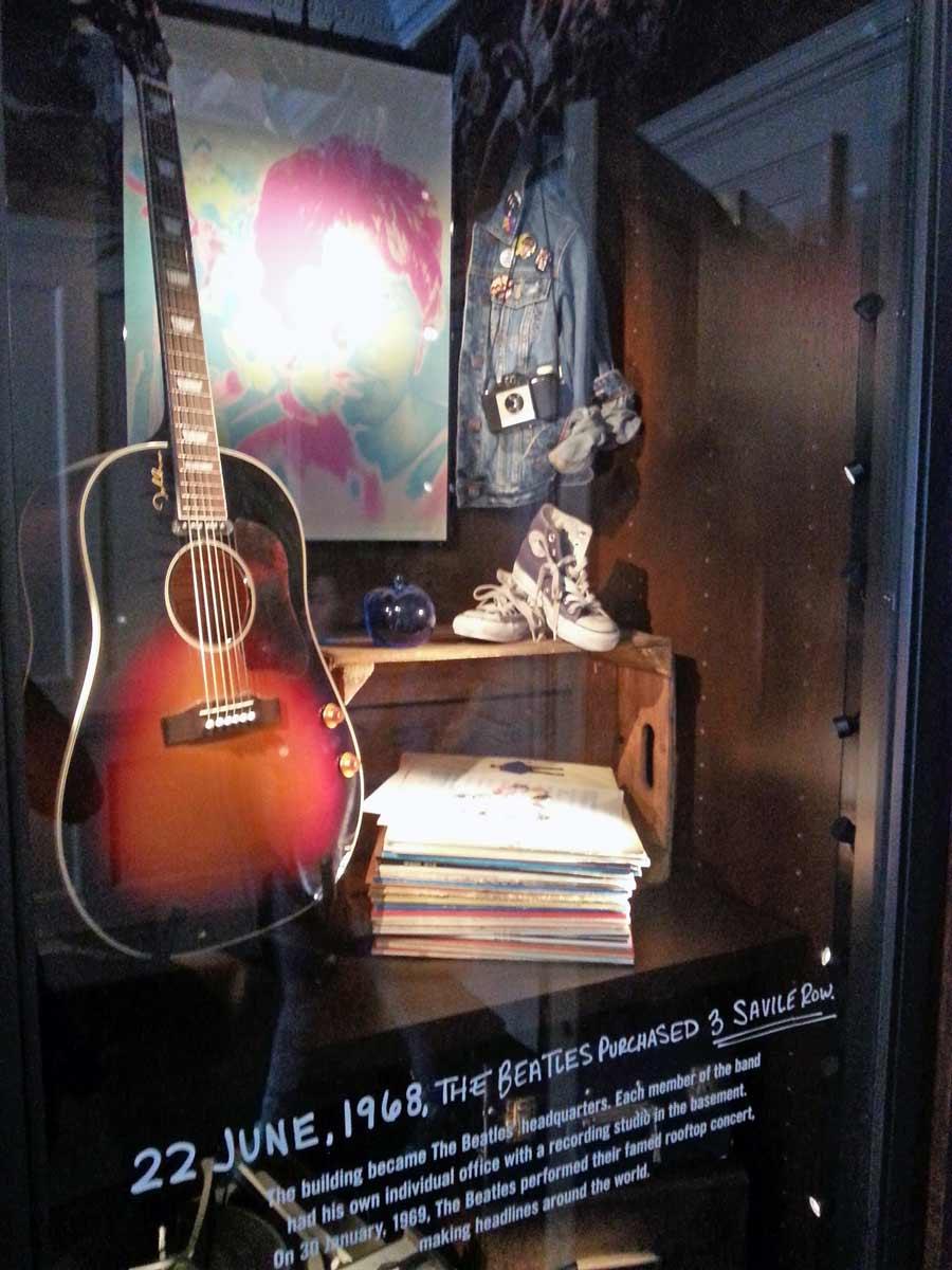 Guitarra original usada pelos Beatles em 1969. Foto: Viagem 0800