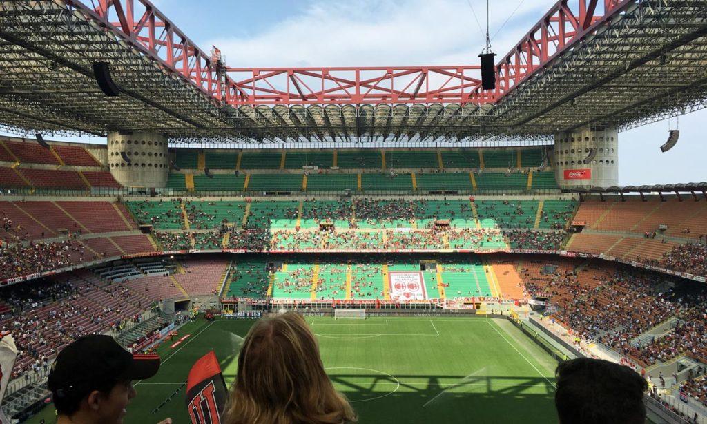 arquibancadas do san siro, estádio do milan