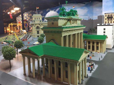 legoland berlim miniatura do portao de brandemburgo