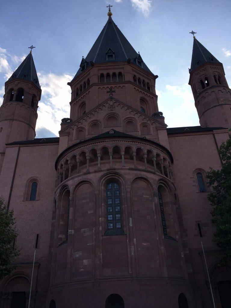catedral marrom em mainz
