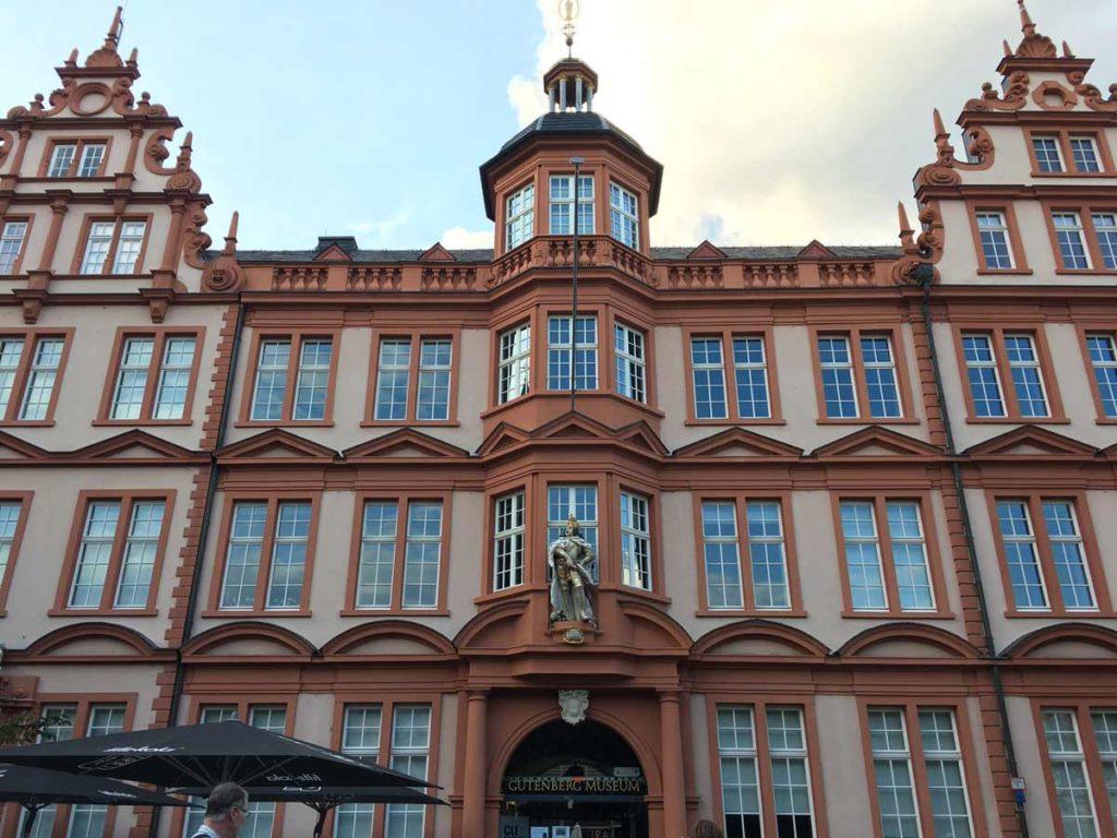 Fachada do Gutenberg Museum