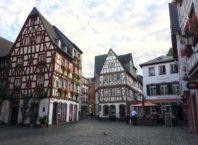 casas típicas alemãs no centro antigo de Mainz