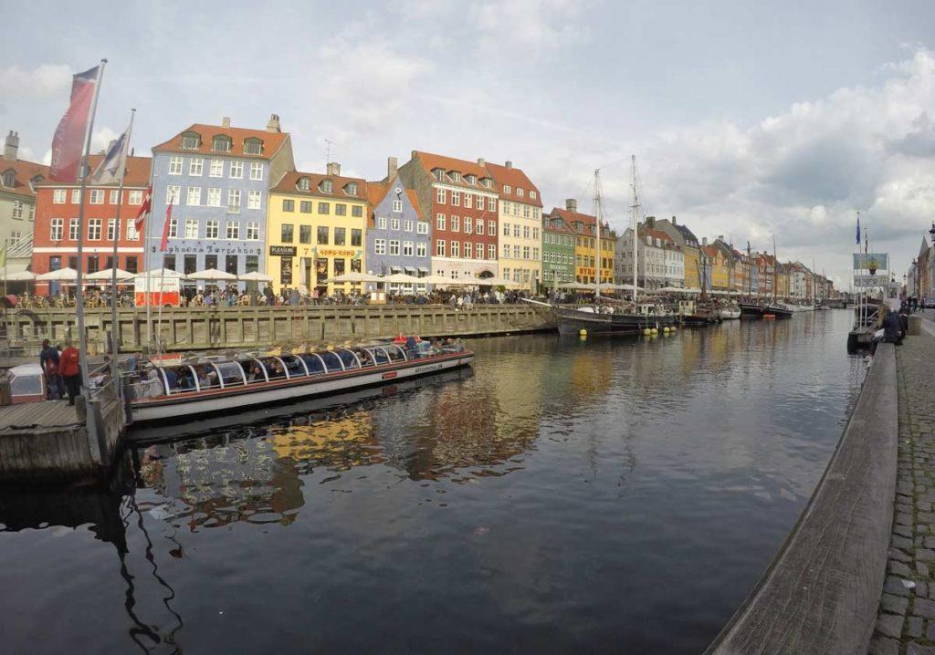nyhavn, no centro de Copenhague