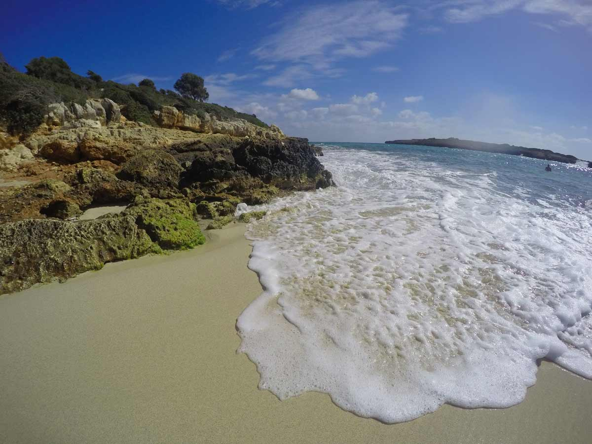 Como visitar a Cala Varques, uma das praias mais bonitas de Maiorca