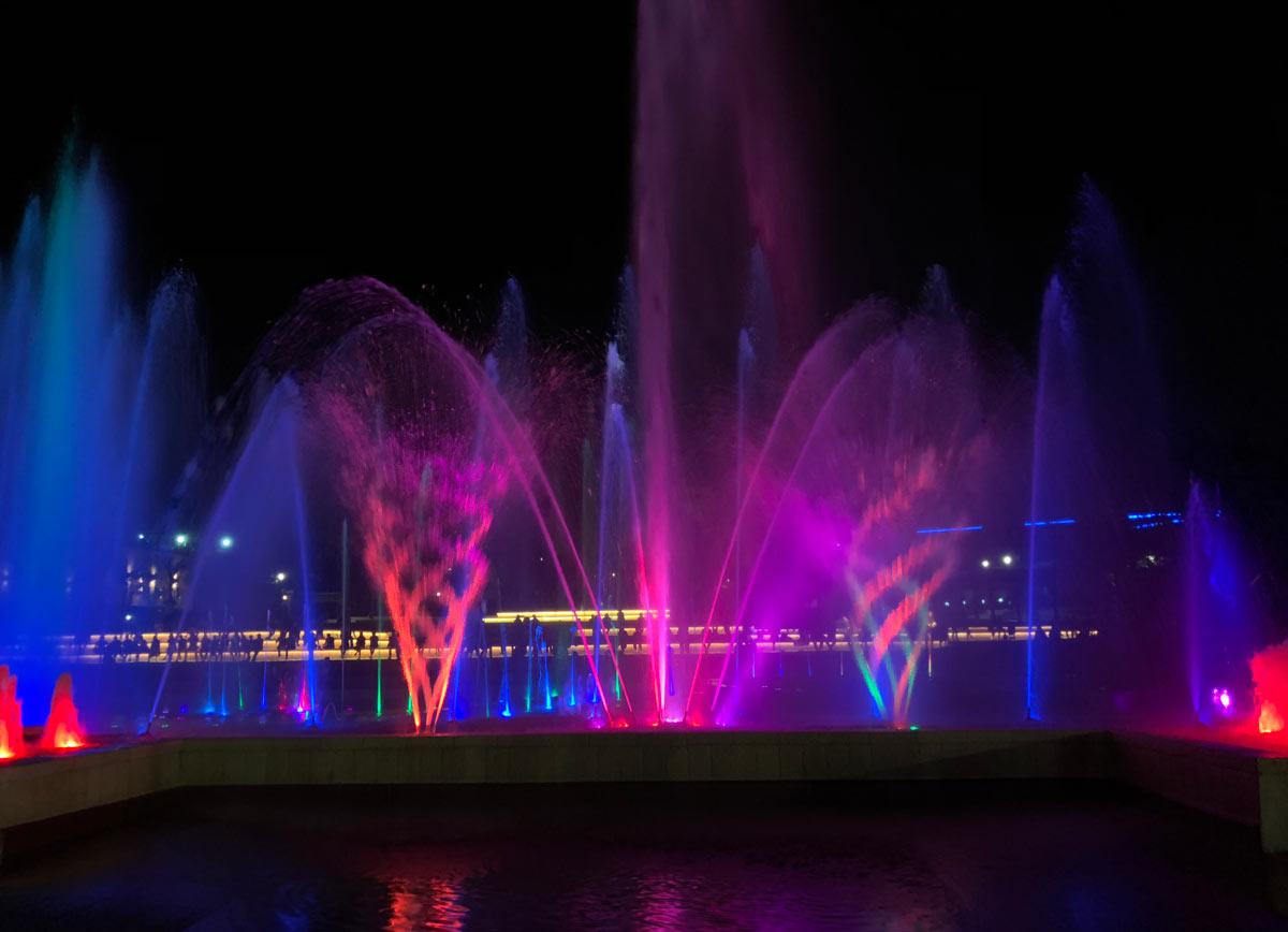 show de luzes coloridas em eilat em israel