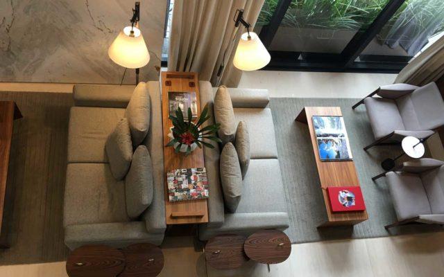 lobby do nomaa, o hotel boutique cinco estrelas de curitiba