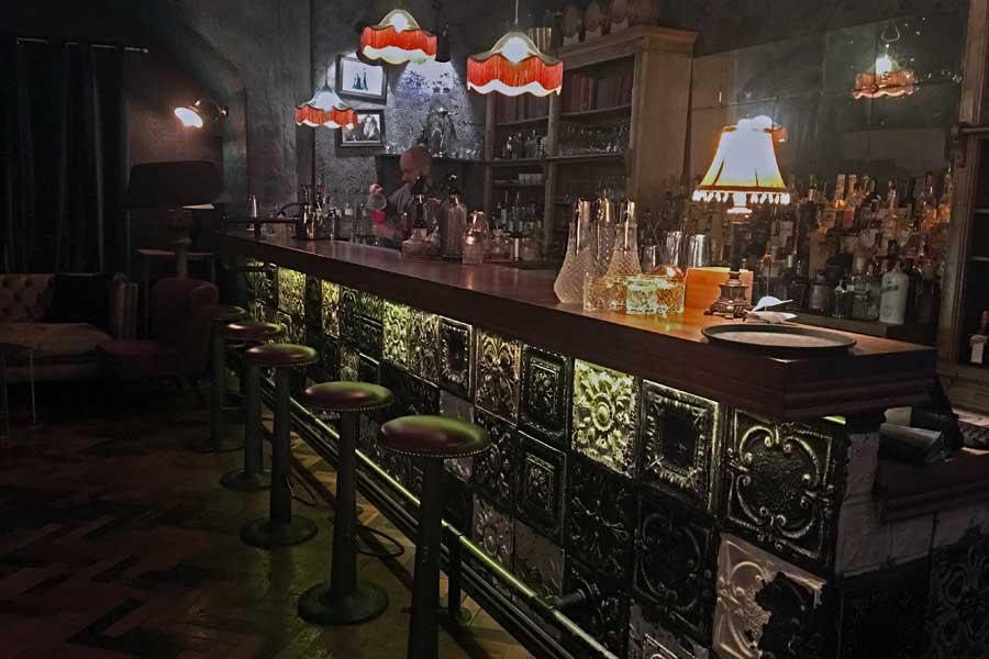 Conheça o Michalska, o bar escondido de Bratislava