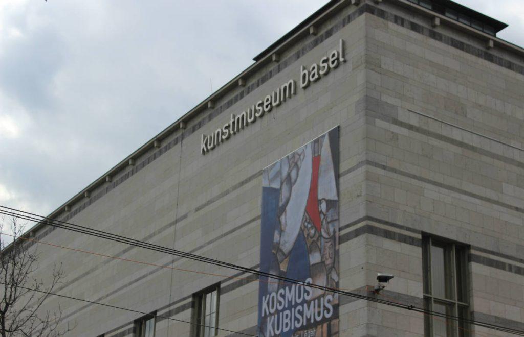 fachada do museu de arte kunstmuseum basel