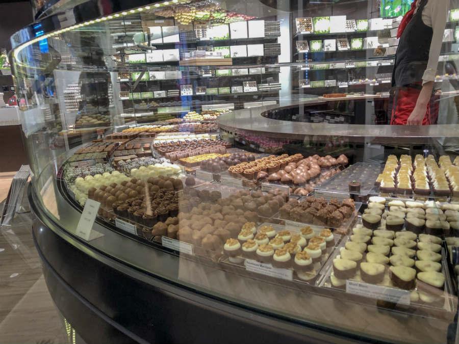 loja de chocolates suíço na basileia