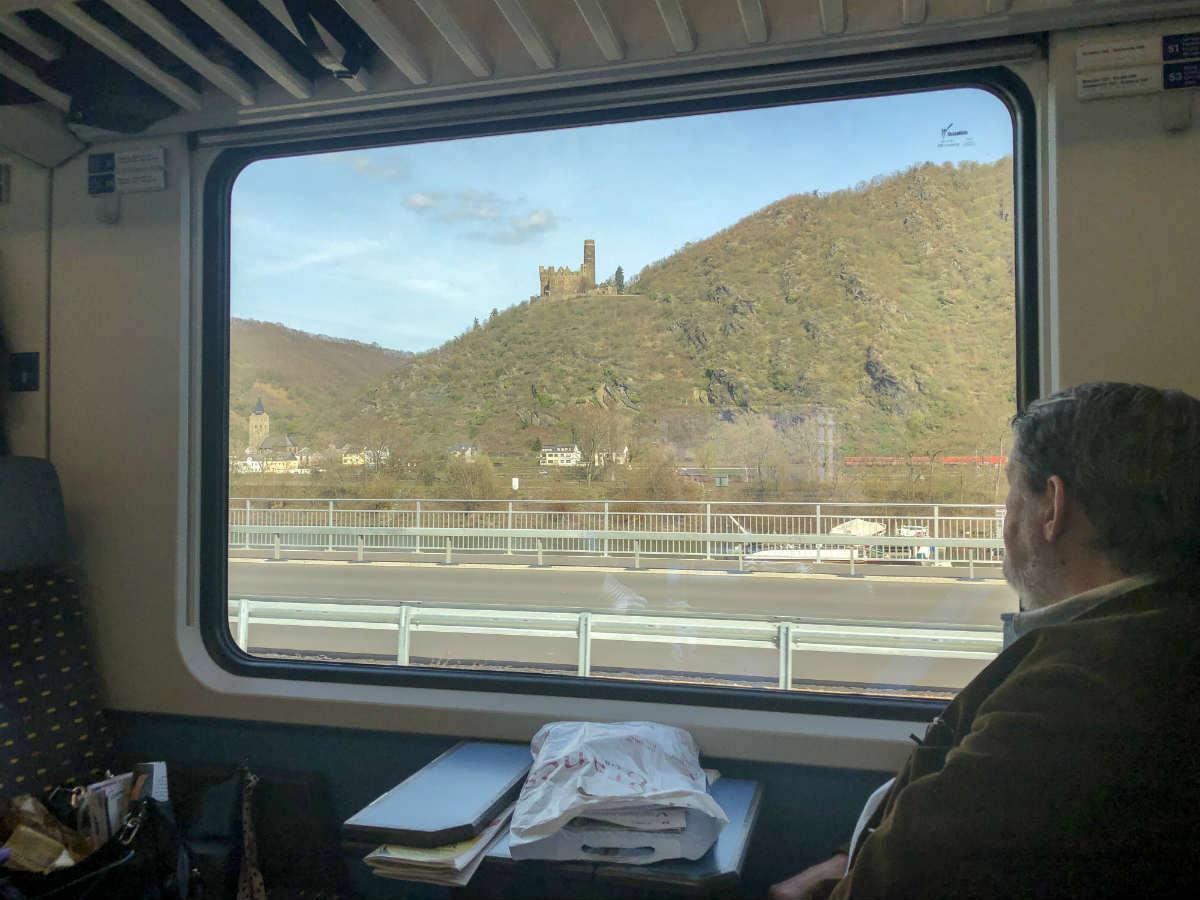 A nossa viagem de trem entre Alemanha e Suíça e como organizar a sua!