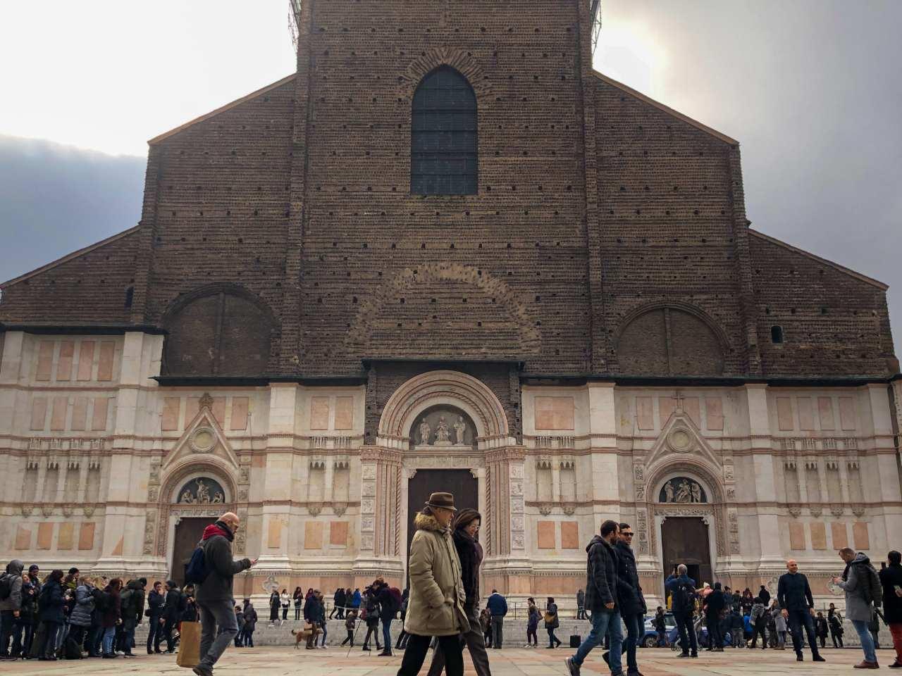 Conheça a polêmica Basílica de San Petronio de Bolonha