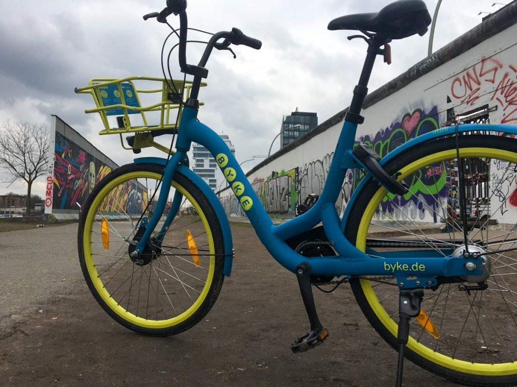 bicicleta warschauerstrasse berlim
