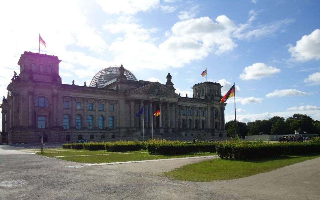 vista reichstag, o parlamento alemao